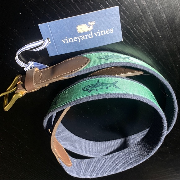 Vineyard Vines Other - NWT VINEYARD VINES sz44 Belt